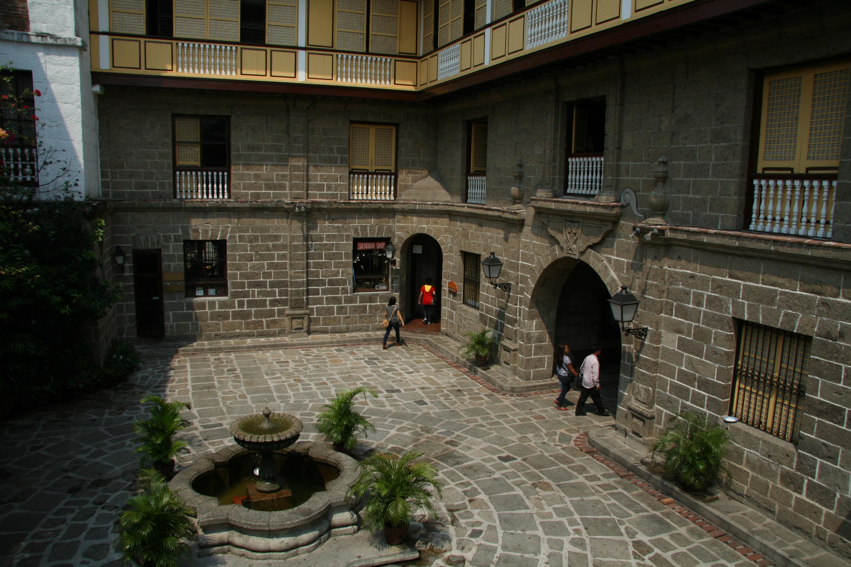 Casa Manila, a restored bahay na bato